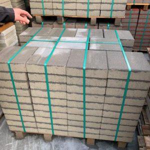 Grijze 30x30 betontegels