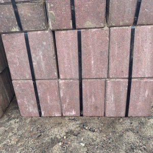 rode betontegels 30x30